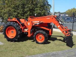 45 Hp Kubota With 4 in 1 loader and slasher.