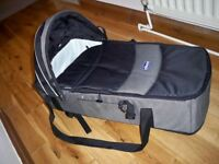 carry cot Chicco