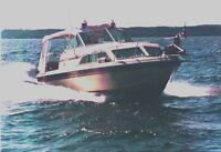 26-foot Fibreglass Aft Cabin Cruiser CHRIS CRAFT