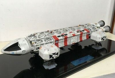 Product Enterprise Space 1999 MEDICAL EAGLE TRANSPORTER Special Edition LE 200