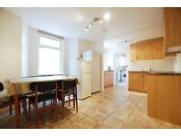 ***Kynaston Road, 4 bed house, 2 bathroom, located close to Stoke Newington Church Street***