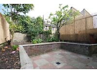 Kynaston Road, 4 bed house, 2 bathroom located of Church Street