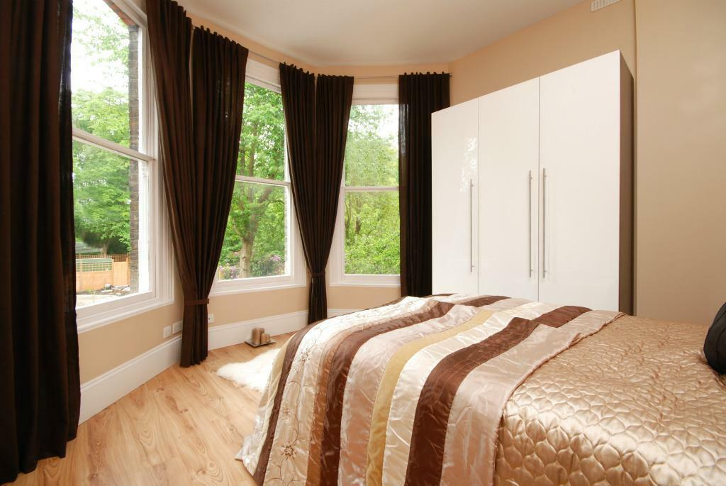 3 double bedrooms, 3 bathrooms flat in Brondesbury/ West Hampstead 5 min walk to tube