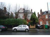 1 DOUBLE BED FLAT ON KESWICK ROAD - FEW MINS' WALK FROM EAST PUTNEY STATION AND W HILL, WANDSWORTH