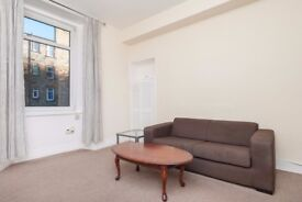 Bright and spacious 1 bedroom furnished flat in Fountainbridge available NOW!