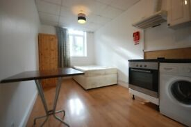 Harris Brown is proud to rent a bright studio - N1