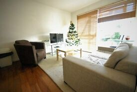 2 Bedroom Flat To Rent, Colliers Wood