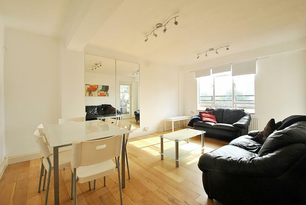 John Aird Court - Howley Place Three double bedroom flat offered furnished in great location