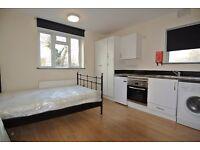 Recently refurbished first floor studio in Harlesden. Rent includes all bills except electric.