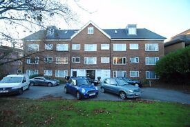 A one bedroom flat with open plan kitchen and communal gardens close to Woodside Park station