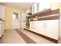 4 bedroom flat in Fortnam Road, Archway