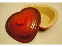 Le Creuset stoneware Valentine's heart shaped casserole dish with lid 2.4L
