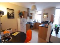 Brilliant 1 bedroom flat in Ilford available now