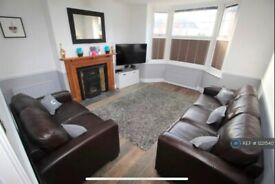 3 bedroom house in Worplesdon Road, Guildford, GU2 (3 bed) (#1221540)