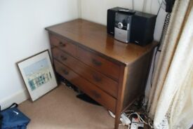 Chest of drawers Antique, beautiful finish and well looked after. A good investment