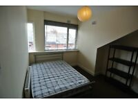Student Room to Rent in 4 Bedroom Property on Autumn Terrace, Hyde Park, Leeds