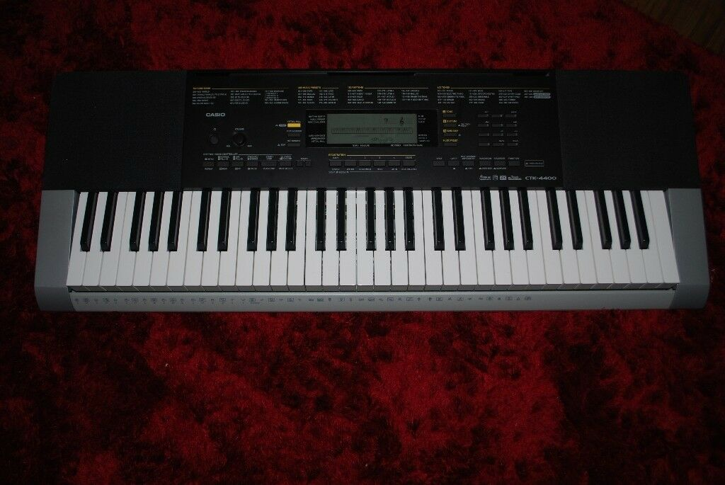 new used keyboards pianos for sale in glasgow gumtree. Black Bedroom Furniture Sets. Home Design Ideas