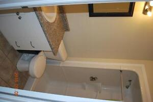 SUBLETS AVAILABLE * REDUCED PRICE * $350 * FURNISHED Kitchener / Waterloo Kitchener Area image 6