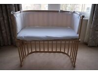 Babybay Side Cot in beech wood. Excellent condition