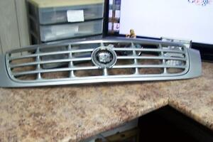 CADILLAC  DTS FRONT GRILL IN GOOD  CONDITION FOR SALE