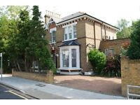 5 bedroom house in Sunny Gardens Road, Hendon, NW4