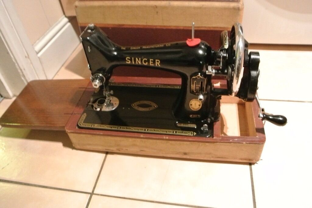 Singer Handcrank Sewing Machine Model 40K Serial Number EM40 Mesmerizing Where Is The Serial Number On A Singer Sewing Machine