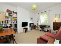 Rectory Road, one bed flat, 1st floor victorian converted flat with high ceilings