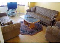 LARGE 2 BEDROOM FLAT AVAILABLE NOW LOCATED IN EDMONTON *DSS CONSIDERED*