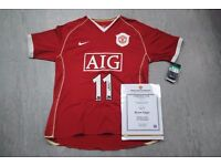Manchester United Ryan Giggs Signed Shirt with Certificate £500