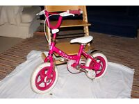 Kid's active girls 12-inch bike with stabilisers