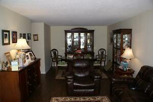 3.5 % MLS FEE FULL SERVICE 570 PROUDFOOT  SOLD SOLD London Ontario image 5