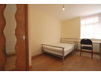 Double room available for short term let in student house share