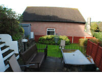 *NO AGENCY FEES TO TENANTS* Large 3 bed house with off street parking, garage and rear garden