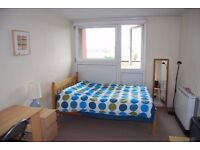 Lovely and bright single room,all bills included-camden rd-holloway