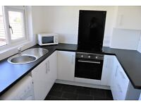 Modern 2 double bed first floor flat located close to the old town, Heysham. Modern kitchen & bath