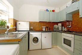 A fantastic two double bedroom split level apartment to rent located close toMuswell Hill Broadway