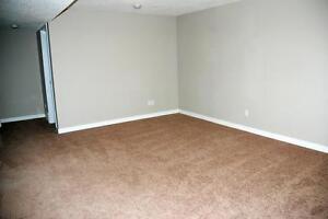 13435 130 Street - ALL INCLUSIVE! FREE RENT! 3 bedroom Reno! Edmonton Edmonton Area image 11