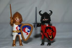 Playmobil 5815 Unicorn & Dragon Knight set in good condition  100% complete