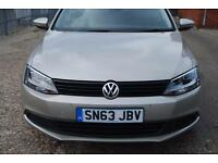 VOLKSWAGEN JETTA 1.6 TDI CR Bluemotion Tech S 4dr (silver) 2013