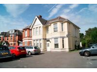 VERY SPACIOUS GROUND FLOOR STUDIO FLAT WITH PARKING SPACE CLOSE TO BOURNEMOUTH TRAIN STATION