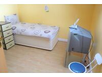 Large 2 bedroom flat available in Edmonton, Cuckoo Hall Lane N9 8DH