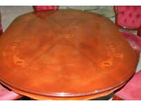 Beautiful Oval Rosewood Dining Table (no chairs)