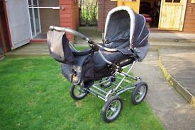 Bertini fully folding pram/pushchair