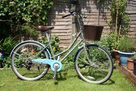 Classic Ladies Medium Dawes Duchess Bike, Grey /Blue