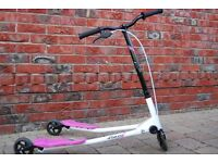 Girls pick fliker scooter (approx 5-10 years old)