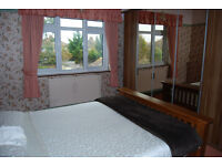 BEAUTIFUL DOUBLE LARGE ROOM TO RENT
