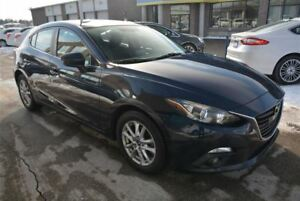 2014 Mazda MAZDA3 HATCHBACK/GS-SKY/MANUAL/MOONROOF/HEATED SEATS