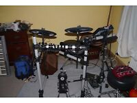 Yamaha DTX500K with extra pads & controllers