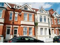 NEWLY REFURBISHED UNFURNISHED 1 BEDROOM GROUND FLOOR FLAT CLOS ETO BOSCOMBE HIGH STREET