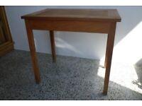 Hardwood Pot Plant Table.